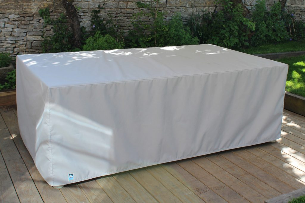 TaupeTableCover